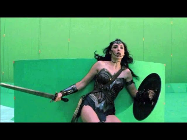 Batman v Superman 'Before After VFX Breakdown' Featurette