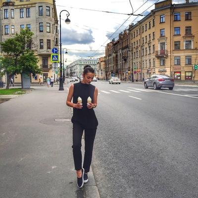 Надя Морозова