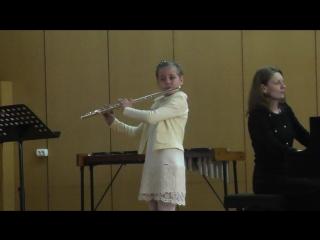Совсем мася))) Только освоила поперечную флету. До этого год на блок флейте.