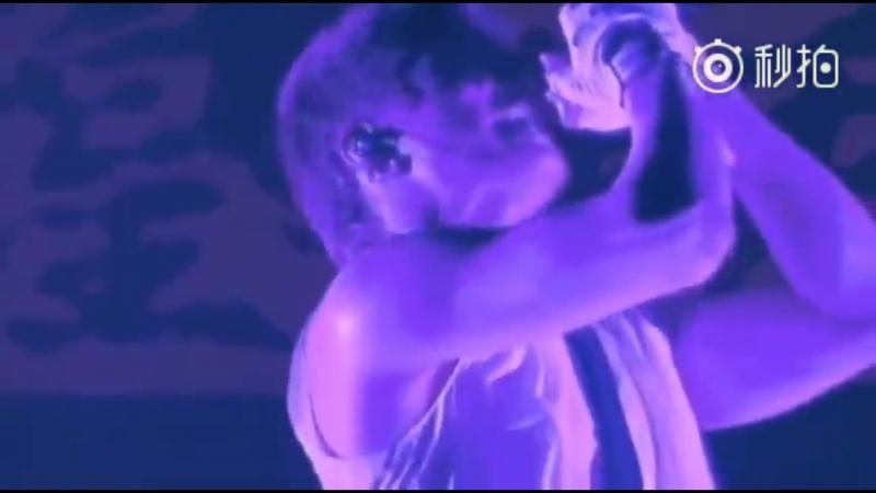 GACKT Weibo 13.09.2017 YELLOW FRIED CHICKENz WORLD TOUR *SHOW UR SOUL. I* 世坏伤结爱魂祭 at BERLIN 2011 04 LAST KISS〔.jp〕