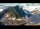 По бездорожью севера РОCСИИ на вездеходах ВИТЯЗЬ ДТ 30 и МТЛБ Russian tank stuck in the mud