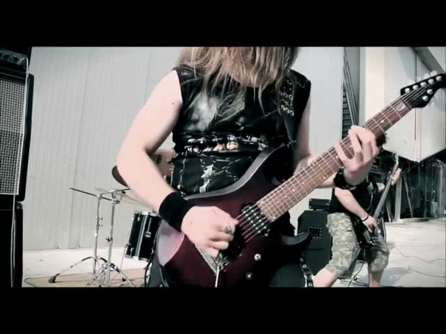 FEAR BETWEEN CROWD When I See You Bleed (Official Video)