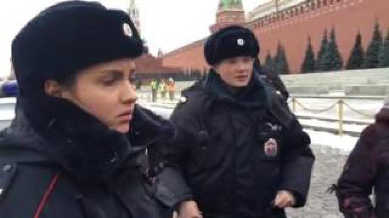 Полиция задержала Отряды Путина на Красной площади!