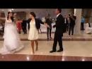 Девушка танцует лезгинка