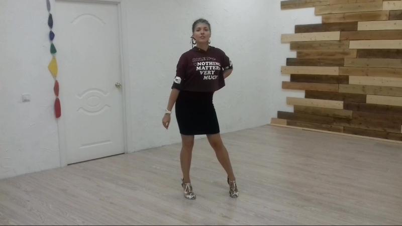 Bachata Lady Style - Tatiana Oleskiv Урок 1-2 » Freewka.com - Смотреть онлайн в хорощем качестве