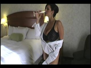 Denise Milani Business Trip ( fetish milf wet pussy big tits suck blowjob kink porn anal мамка сосет порно анал шлюха фетиш )