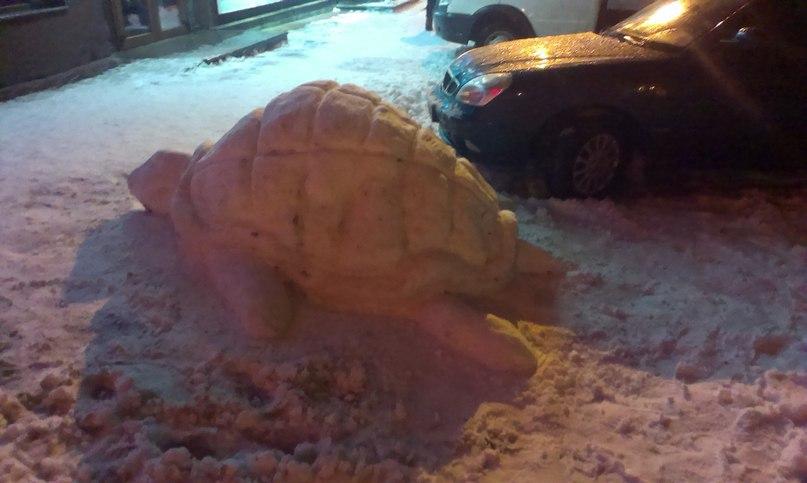 Жители Харькова создают загадочные скульптуры (ФОТО)