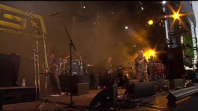 Groove Armada - Superstylin (IOW 2004)