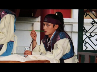 До Чжи Хан на съёмках дорамы Хваран: Начало