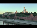 Stock-footage-view-of-the-moscow-kremlin-by-a-sunny-morning-moscow-river-and-moscow-transport