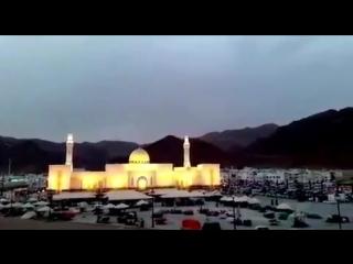 أول اذان لجامع حي سيد الشهداء في المدينة المنورة