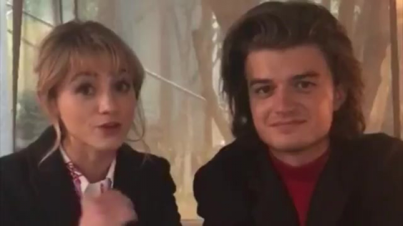 Here's Joe Keery and Natalia Dyer accepting the Binge of the Year award for Stranger Things in UnmissablesAwards.