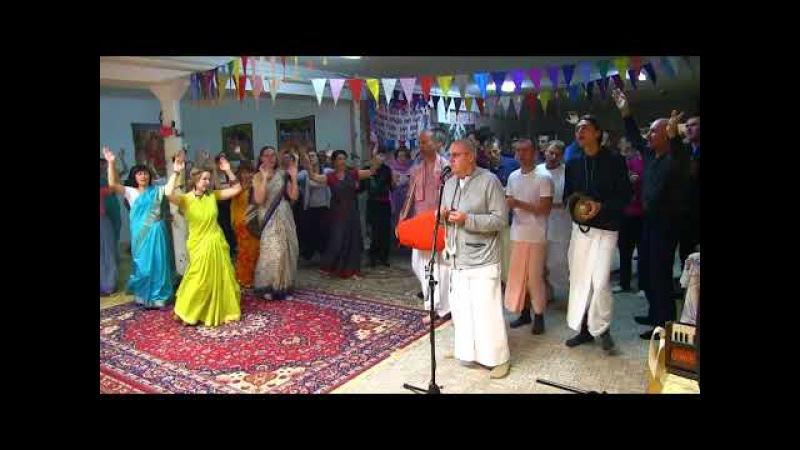 Гаура арати с Е.С.Прабхавишну Прабху махарадж в Тольятти 041117 г