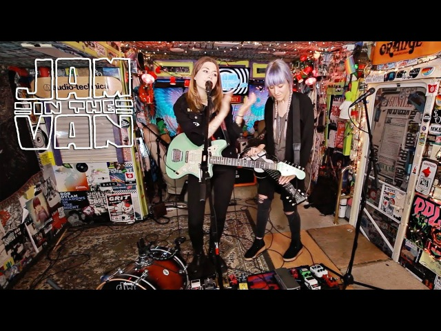 LARKIN POE - Come on In My Kitchen (Live at JITV HQ in Los Angeles, CA 2017) JAMINTHEVAN