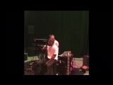 Frank Ocean- «Nikes» (Live)