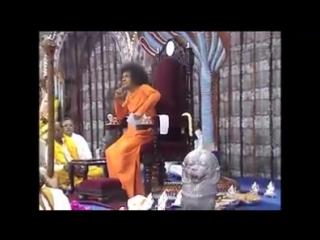 видео Sri Sathya Sai Baba.GANESH CHATURTHI SPECIAL BHAJAN AND DARSHAN - In the Presence of Our Beloved Lord Sri Sathya Sai Baba