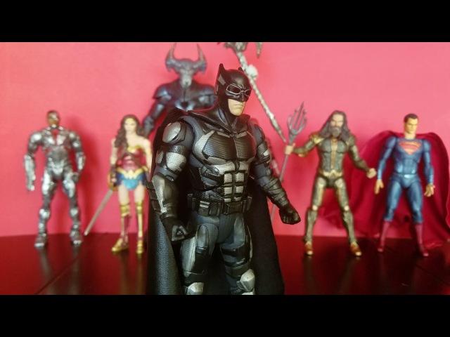 DC Multiverse Tactical Suit Justice League Batman review