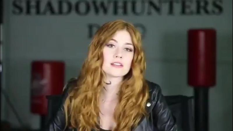 › Интервью в рамках промоушена второго сезона сериала «Сумеречные охотники» 2