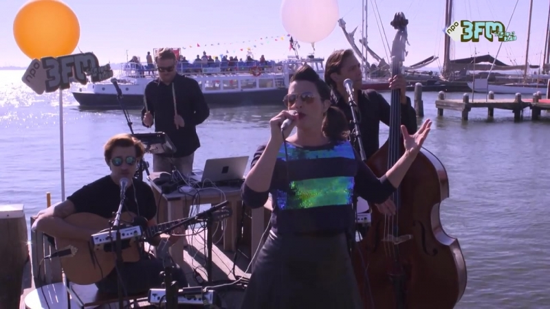 Caro Emerald - Quicksand Live @Pampus
