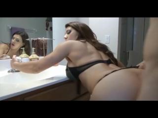 Классно сосет русское домашнее порно