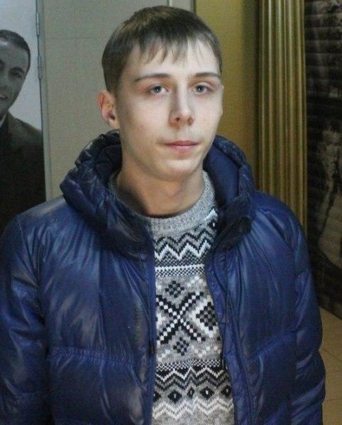 ВКурске ищут молодых людей, укравших электронику измагазина