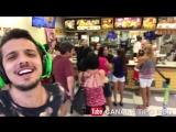 Парень поёт на публике ПРОСТО РЖАКА реакция людей