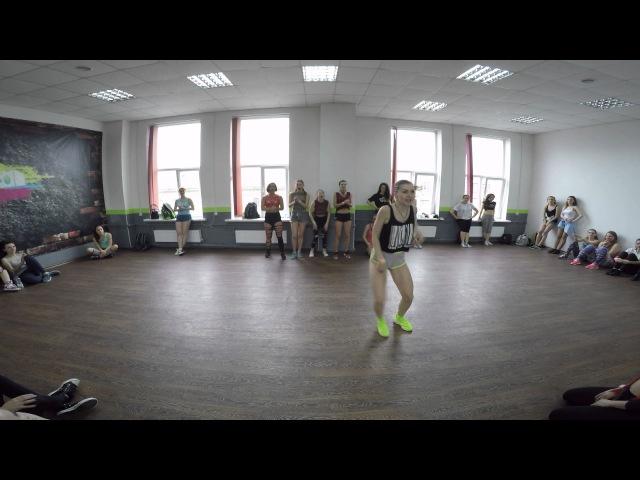 Katerina Krasnikova in Latin Motion | Contra la Pared | Katisha