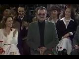 Владимир Этуш и Юрий Яковлев разыгрывают этюд под названием Поступление абитуриента в театральный вуз. Потрясающий фрагмент из