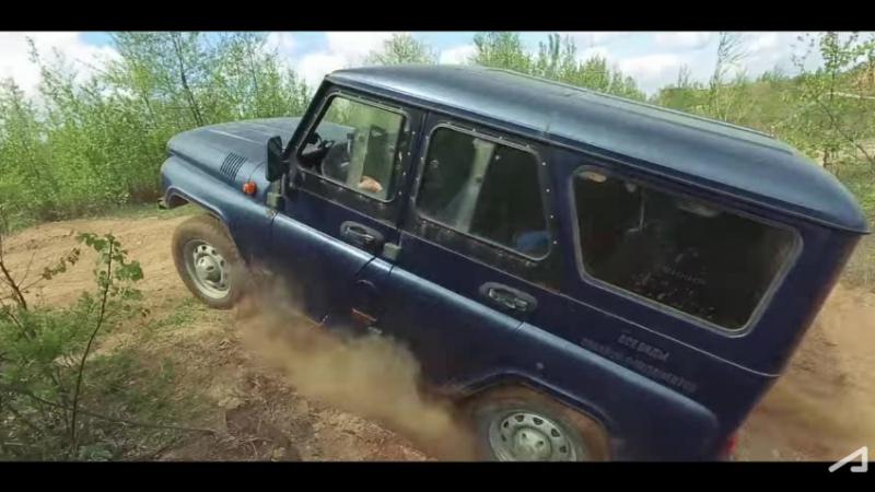 Бессмертный УАЗик, Hummer H1, Гелик и БРДМ идут в БРОД.