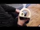 Плетение светильника на деревянном основании