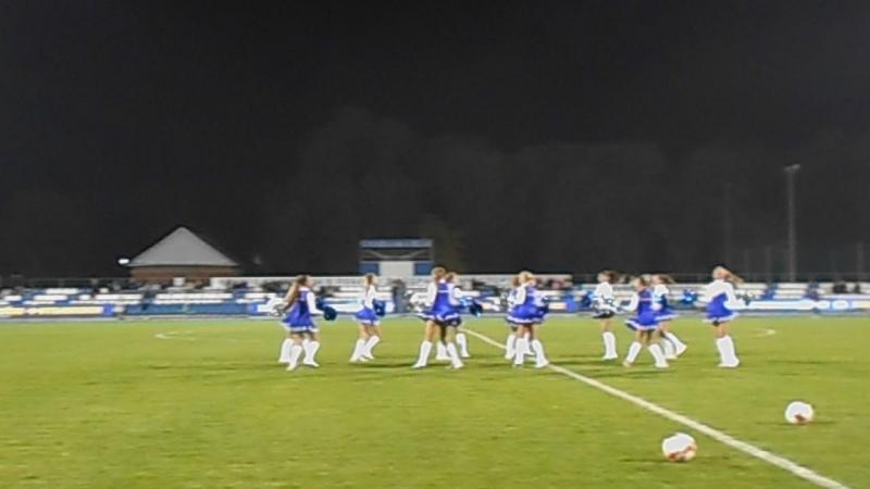 Группа поддержки ФК Чайка...черлидинг Индийский танец