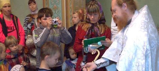 Более 200 портфелей для школьников собрали в Дзержинске в рамках благотворительной акции
