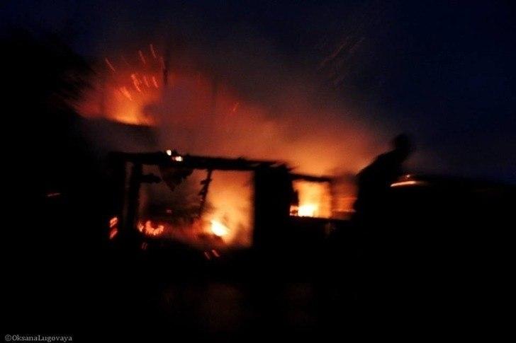 Житель Маркелово облил бензином жену, поджег и закрыл в доме вместе с тремя детьми