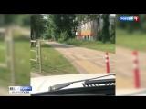 В Краснодаре автохам объехал пробку по тротуару