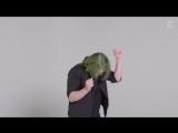 100 человек показали как танцуют - 720p
