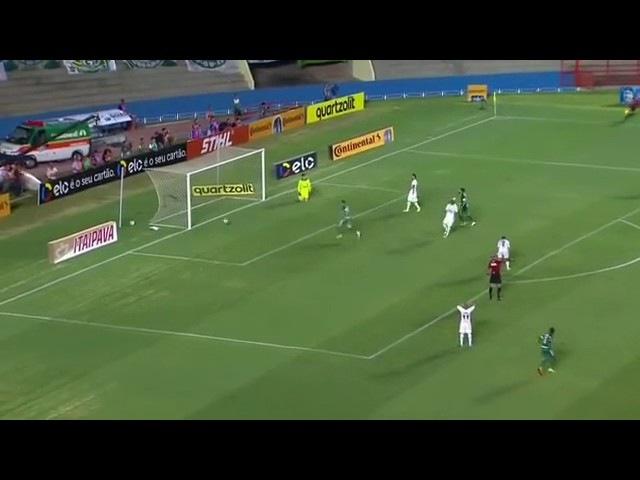 Gol do meio da rua de Jean Carlos