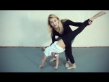 Танцевальная акробатика. Как научиться делать колесо без рук (аэриал)