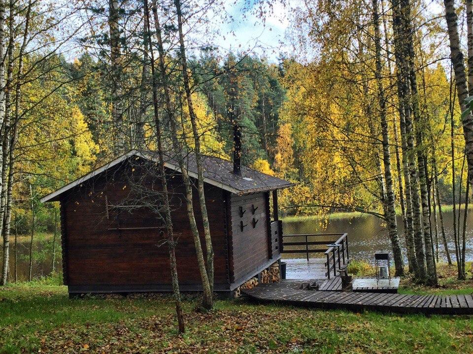 Осенний отдых в Карелии тоже хорош. Приезжайте!