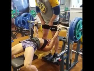 Юлия Шенкаренко - жим лежа 120 кг на 2