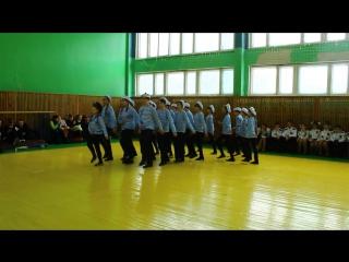 Смотр строя и песни 2017 (Школа 51 г. Курска, 6 Б класс)