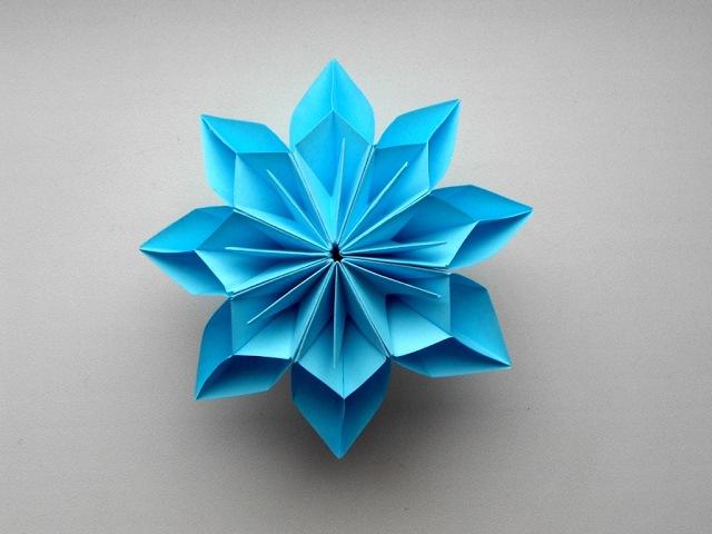 Цветок из бумаги 🌼 Поделки оригами на 8 марта