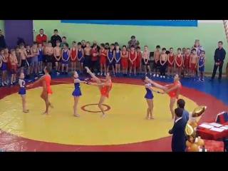 Подарок-поздравление от Соликамских гимнасток