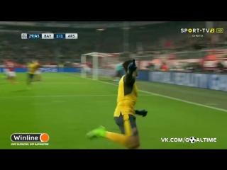 Бавария - Арсенал 1:1. Санчес