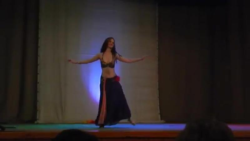 Samiyah oriental belly dance. Orientálne brušné tance, moderne raks sharki 7881