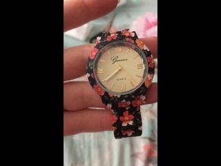 Часы женские Geneva с цветочным орнаментом