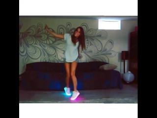 Светящиеся кроссовки Led shoes
