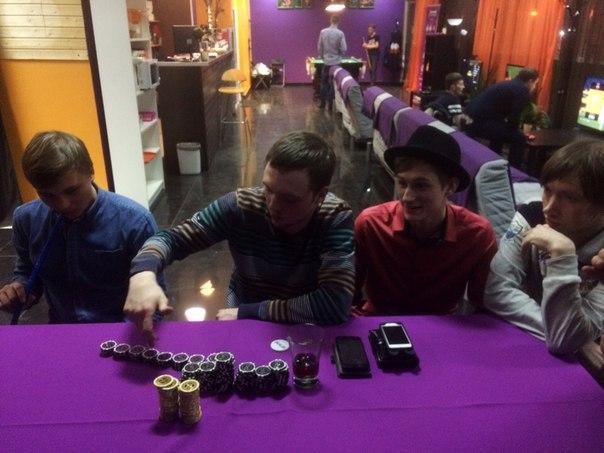 Перешли на покер:)