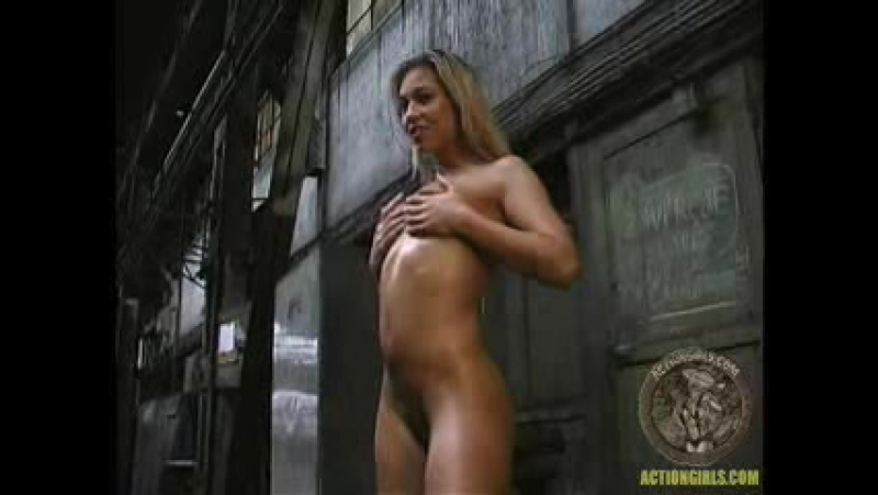 Actiongirls strip loura