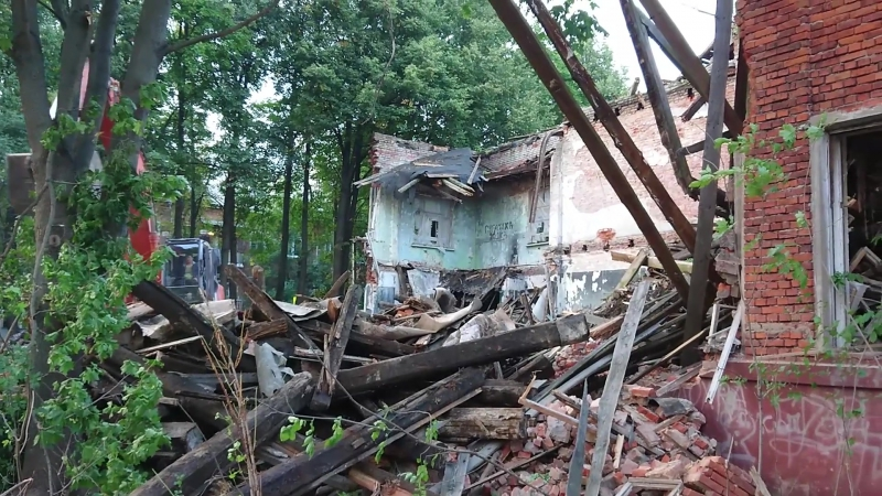Снос старого здания школы №3