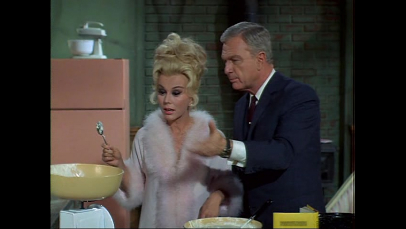 Сезон 1 Серия 18 Green Acres. Lisa.bakes.a.cake_DVDRip.1966